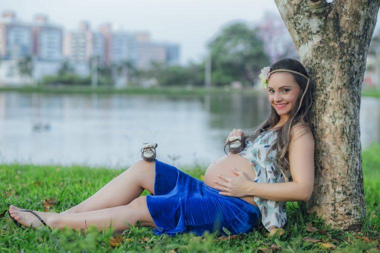Ensaio gestante - Mari Kirchner - pregnant - Francis Photographer - Google - gestante - Pedra Branca - Palhoça - mãe - amor de mãe (16)